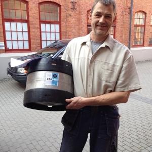 Bryggare Mats från Skebo levererar vår egen fantastiska Lux Ale.