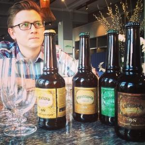 Ny öl på ingång! Herr Dyberg smakar av. Belgisk inspirerad öl från Ekerö  #lux #luxdfd #luxdagfordag #ekerööl