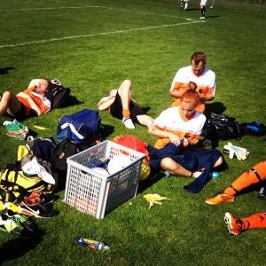 Vila efter 1-0 vinst mot Oaxen! En seger kvar för slutspel #sorundacup #luxdagfordag #lux
