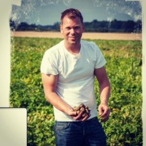 I morgon kväll gästar Andreas Wiklund oss, med sig har fantastiska grönsaker! #lux #luxdagfordag