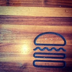 Han inte med en burgare Shake Shack under senast Nyc resan. Blev glatt överraskad när jag fick chanssen i Istanbul. Riktigt bra cheeseburger! #shakeshack #cheeseburger #istanbul #gott #burgare @luxjocke
