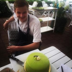 Tack för den här tiden Emil, lycka till i framtiden! #luxdagfördag #lux #bästatårtan