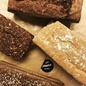 Givande möte med Cicci #snurr idag som levererar glutenbröd till @luxdagfordag #glutenbröd #lokalt #hemmabagare #enskede